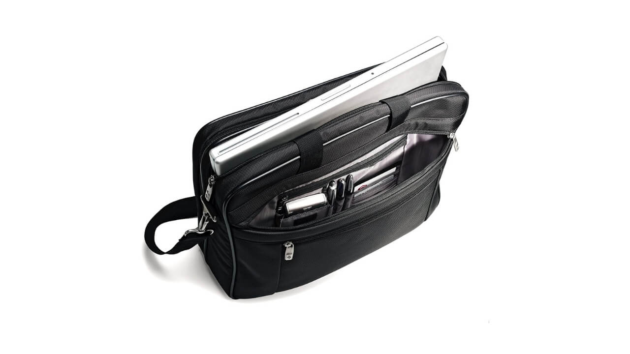 Samsonite Classic Gusset Laptop Bags For Men