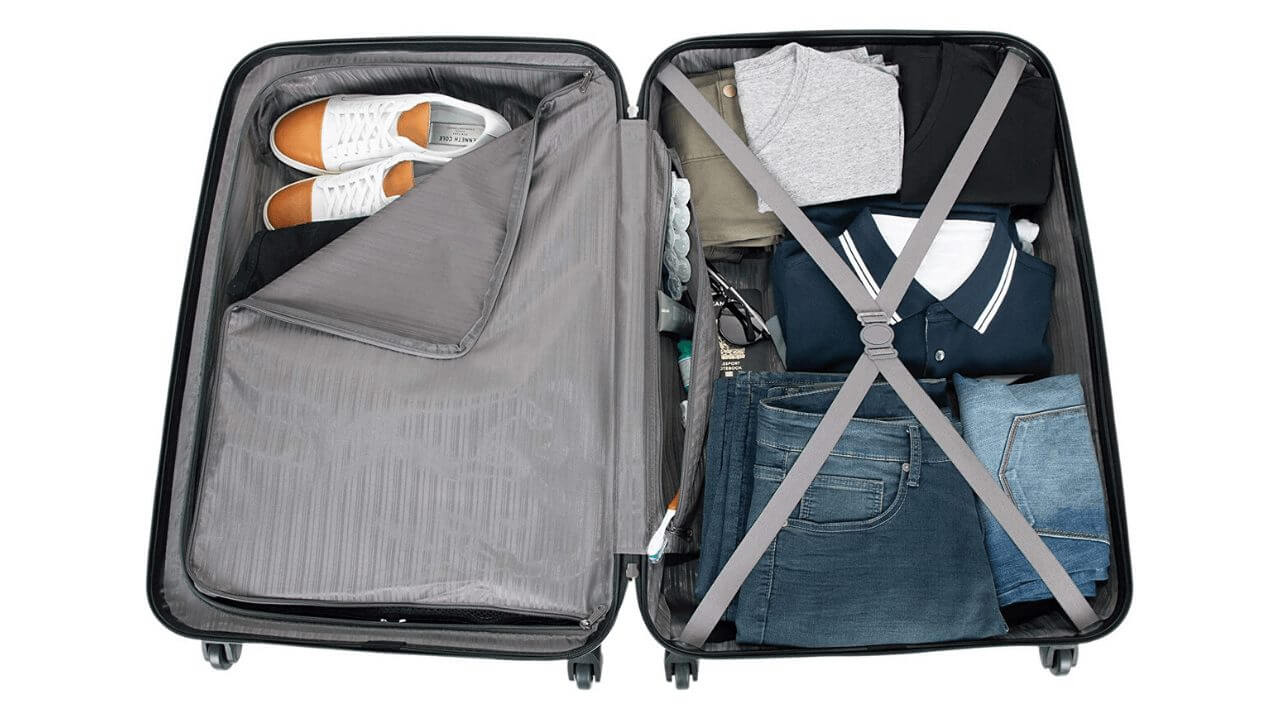 Wheeled-Travel-Duffle-Compartment