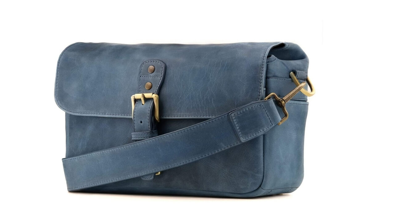 Megagear Best Leather Messenger Bag